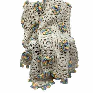 Triple rose flower crochet sherbet blanket.